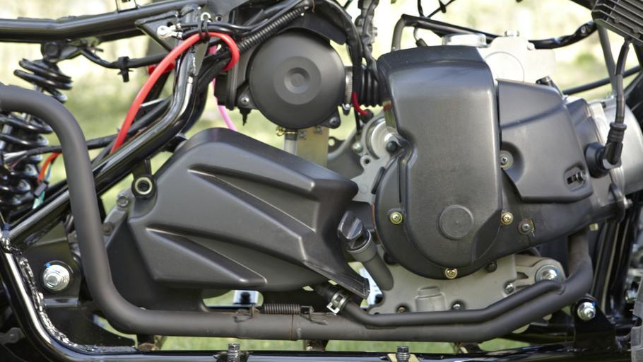 YFM90-EU-Racing-Blue-Detail-003