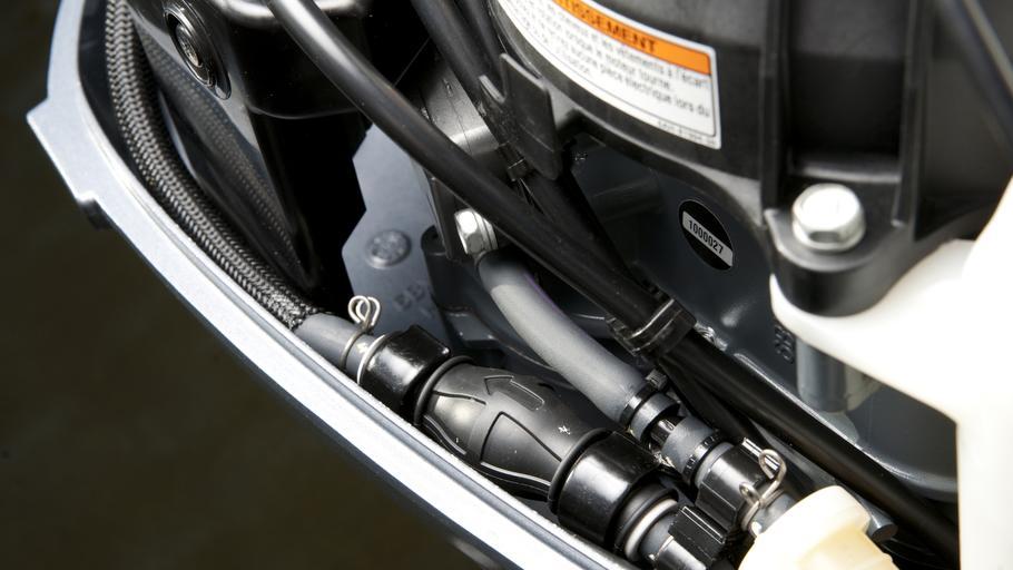 чистка топливного фильтра на лодочном моторе