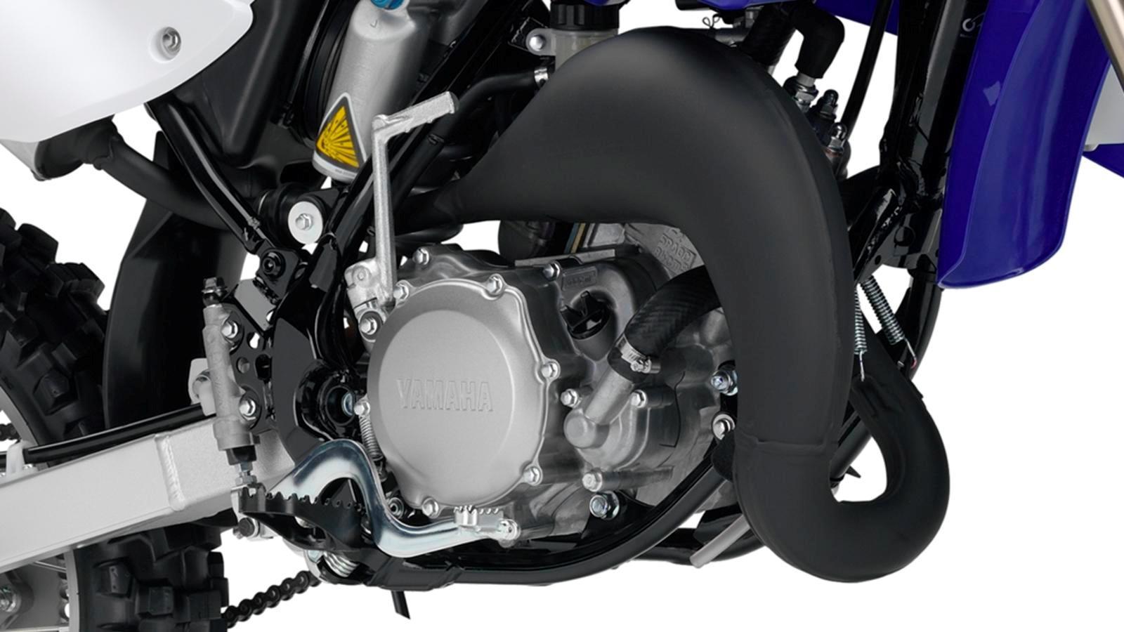 YZ85LW-EU-Racing-Blue-Detail-001_osob