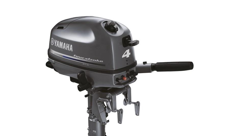 2014-Yamaha-F4-F5-F6-EU-NA-Detail-001-osob