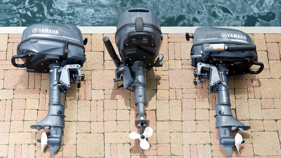 2014-Yamaha-F4-F5-F6-EU-NA-Detail-003-osob